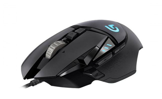 La Logitech G502 est la meilleure souris pas cher pour le gaming